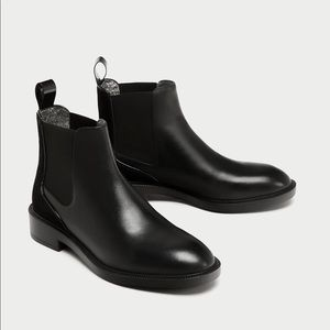 ZARA flat leather chelsea boots US 10 EU 41